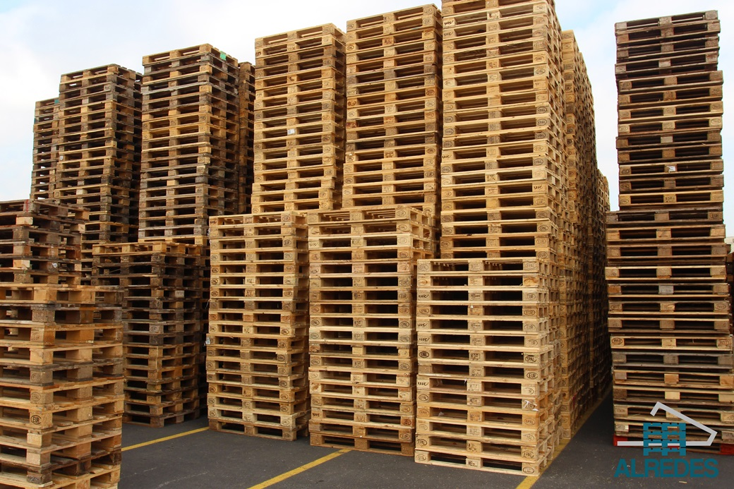 El palet de madera tipos y recomendaciones de uso - Que hacer con un palet ...